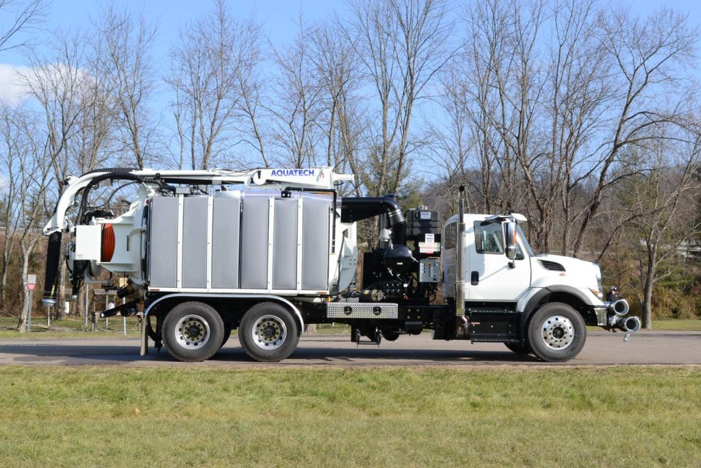 Side Profile of Utility Edition Combo Jet/Vac Sewer Cleaner